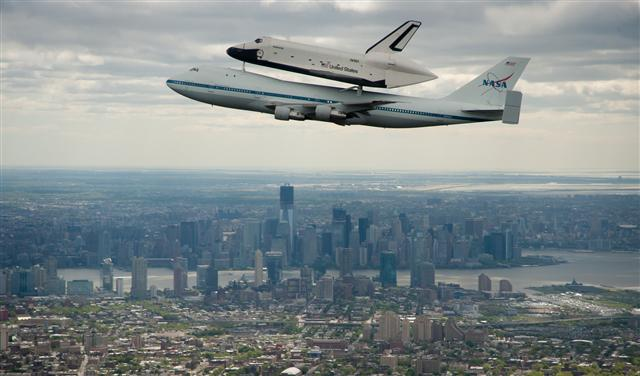 Space shuttle enterprise al museo di new york il blog di - Portaerei new york ...